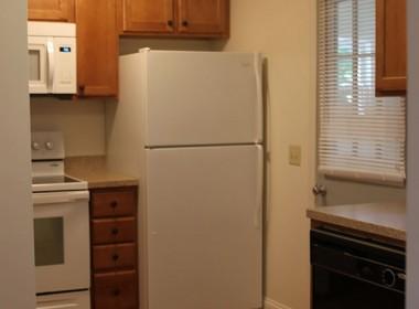 126-1_2-tompkins-kitchen2