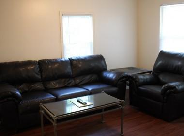 126-1_2-tompkins-living-room
