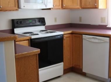 128-1-tompkins-kitchen2