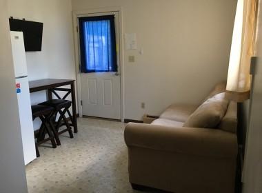 128-3-tompkins-living-room