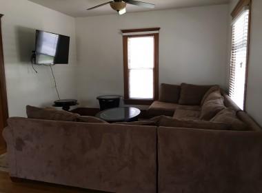 20 Harrington Livingroom (2)