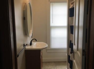 20-harrington-bathroom