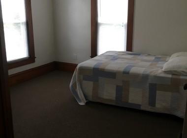 20-harrington-bedroom