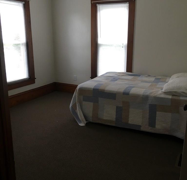 Student Apartment Rentals in Cortland 20 Harrington Ave. Bedroom