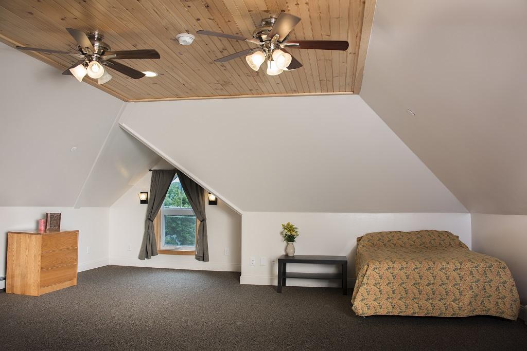 Student Apartment Rentals Near SUNY Cortland 36 Clayton