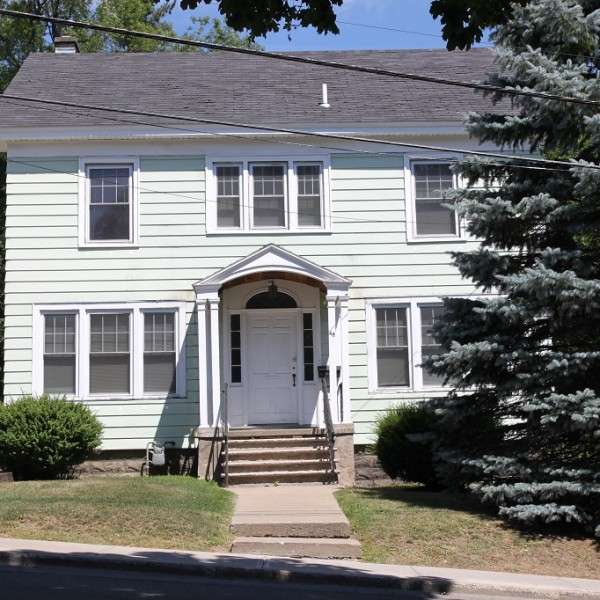 46 Clayton Ave. student apartment rentals near SUNY Cortland