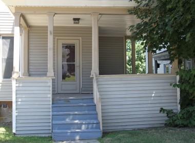 60-groton-porch