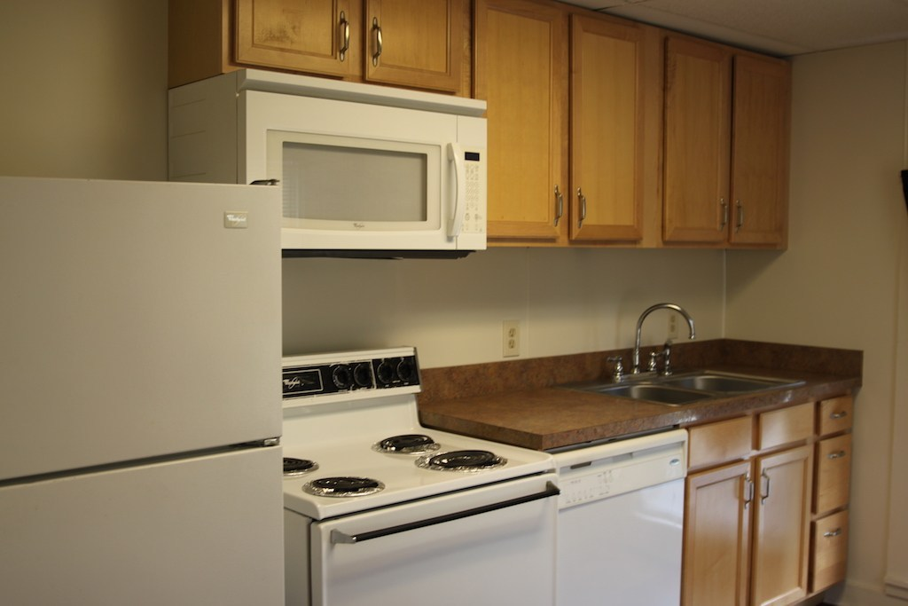 Student Apartments for Rent in Cortland Groton 62A Kitchen