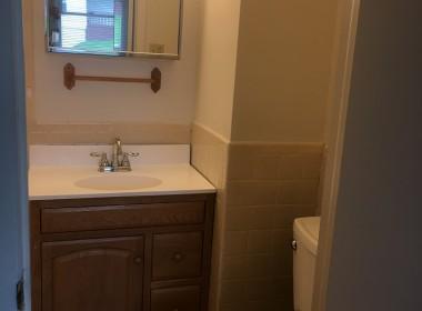 62B Groton Bathroom (2)