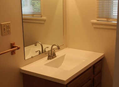 79A-tompkins-bathroom