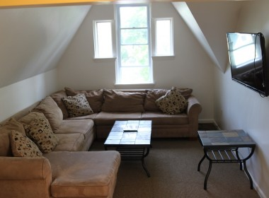 81C-tompkins-living-room