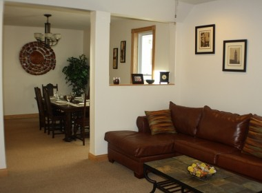 92-groton-ave-living-dining-room
