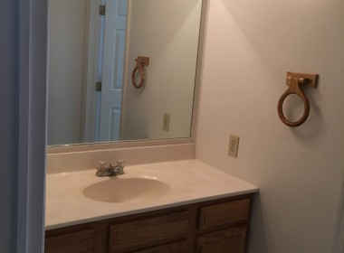94-tompkins-1st-bathroom